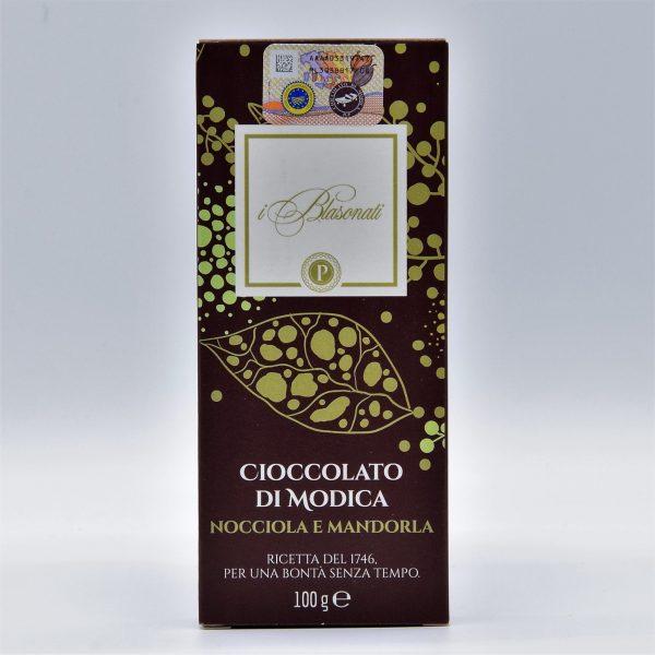 Cioccolato di Modica alla nocciola e mandorla