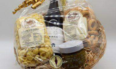 Cesta Puglia con orecchiette, crema di cime di rapa, tarallini ed un ottimo fiano