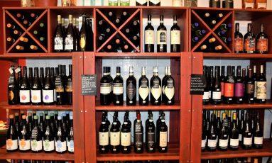 Enoteca Vino in Anfora: Ricca scelta di eccellenti etichette